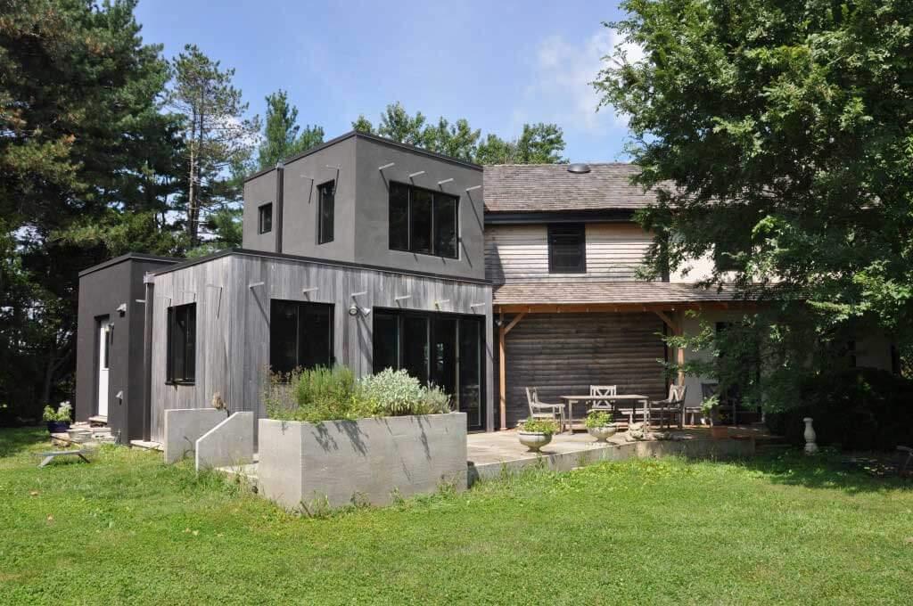 Holby Andrews Residence