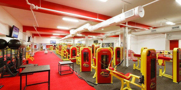 Retro Fitness (Bayonne) – Functional and Circuit Training Areas